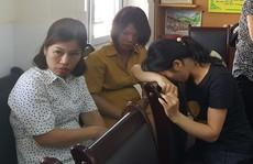 Yêu cầu buộc thôi việc cô giáo dùng 'đòn roi' với hàng loạt học sinh giờ kiểm tra