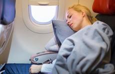 6 gợi ý giúp bạn 'đánh một giấc ngon lành' trên máy bay