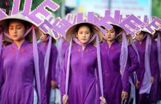 Ban tổ chức Festival nghề truyền thống Huế 2019 lên tiếng việc chiếc nón bị 'cắm sừng'