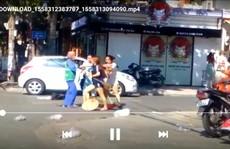 Vụ chị lao công bị đánh vì nhắc nhở xả rác: Chủ shop đã nộp phạt