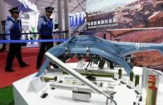 """Trung Quốc áp đảo bằng chiến thuật 'những con ong giận dữ"""""""