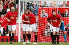 Ferguson tái xuất, Man United đè bẹp Bayern Munich ở Old Trafford