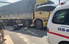 Hai phụ nữ tử vong thương tâm dưới bánh xe tải