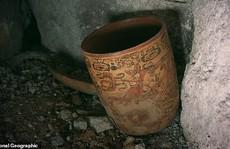 Nữ hoàng Maya lộ diện trong mộ cổ dưới lòng đất