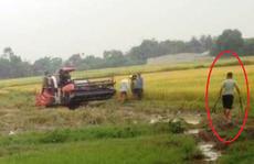 Côn đồ xăm trổ 'bảo kê' gặt lúa vác dao, kiếm truy sát 2 nông dân trọng thương