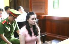'Hotgirl' Ngọc Miu ra tòa cùng người tình Văn Kính Dương