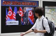 Một năm sau thượng đỉnh, Mỹ-Triều vẫn bế tắc