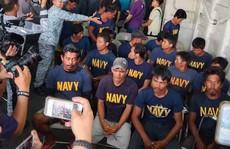 Tàu Trung Quốc đâm tàu Philippines vì được hải quân hậu thuẫn?