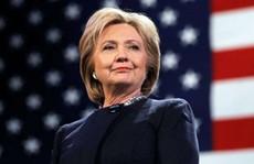 Bà Clinton chưa thể 'hạ cánh an toàn'
