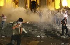 Biểu tình bạo lực chống Nga ở Georgia, hơn 200 người bị thương