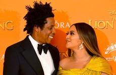 """Siêu sao Beyonce diện đầm Công Trí ra mắt phim """"Vua sư tử"""""""