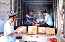 Phát hiện hàng hóa từ Trung Quốc vừa cập bến đã có sẵn mác 'Made in Việt Nam'