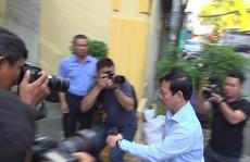 Bàn tay trái ông Nguyễn Hữu Linh 'vô hại', có cơ sở nào để xử lý không?