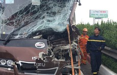 Liên tiếp các vụ tai nạn giao thông thảm khốc: Gọi là 'giặc' chứ là gì?