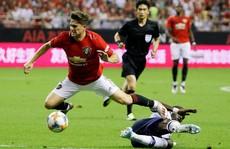 Man United 'đấu võ đài', hạ gục Tottenham ở Thượng Hải