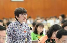Nữ nhà báo và đại biểu dân cử