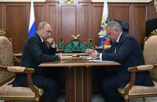 Ông Putin tiết lộ 'thân phận' tàu ngầm bị cháy