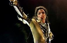 Bảo vệ hình ảnh Michael Jackson, khởi kiện đòi... 1USD
