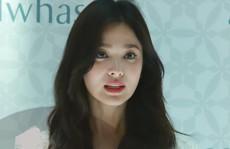 Song Hye Kyo gầy gò xuất hiện lần đầu sau ly hôn