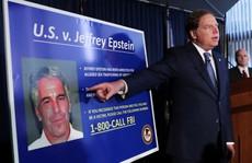 Tỉ phú Mỹ bị kết tội ấu dâm 'tự tử' trong phòng giam