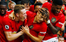 Phản công siêu đỉnh, Man United 'hạ nhục' Chelsea