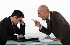 Công chức vi phạm khi xử phạt hành chính sẽ bị buộc thôi việc?