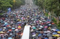 Trung Quốc: Mỹ đừng dùng Hồng Kông mặc cả thương mại