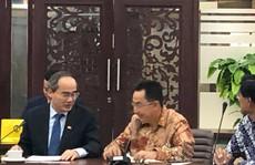 Bí thư Thành ủy TP HCM Nguyễn Thiện Nhân thăm và làm việc tại Trường Đại học Indonesia