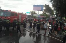 Cháy lớn tại đại lý kinh doanh mút xốp, khu dân cư hoảng loạn