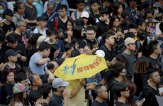 Hồng Kông: Cảnh sát và người biểu tình chơi 'mèo vờn chuột'