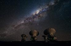 Tìm ra thế giới vĩ đại của những thiên hà 'bóng ma'