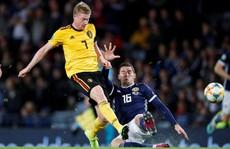 De Bruyne lập hat-trick kiến tạo, Bỉ đè bẹp Scotland vòng loại Euro