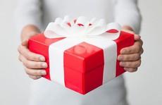 Người yêu cũ đòi lại quà khi chia tay