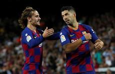 Atletico thua thảm, Barcelona lại thắng nhờ 'thần đồng' 16 tuổi