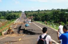 Vì sao đường 250 tỉ vừa hoàn thành đã nứt toác?