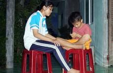 Học bổng Báo Người Lao Động giúp con công nhân vượt khó đến trường