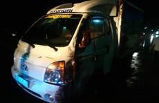 Mưa mù trời,  bé trai 4 tuổi và dì ruột bị xe tải tông chết