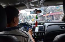 Vay mua xe chạy taxi công nghệ: Không 'dễ ăn'