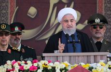 Iran 'đuổi' Mỹ, đòi phụ trách an ninh vịnh Ba Tư