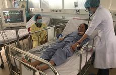 Bác sĩ tiết lộ lý do 2 bệnh nhân tim mạch nặng được cứu sống trong 1 ngày