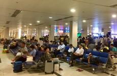 Nhặt được laptop ở sân bay, mang lên máy bay để… bàn giao cho an ninh hàng không