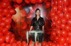 """Chi Pu, Han Sara đọ sắc trên thảm đỏ phim """"IT 2"""""""