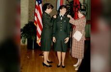 Cặp chị em đầu tiên cùng làm tướng lĩnh trong quân đội Mỹ