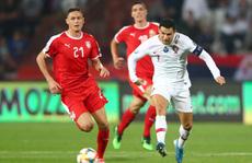Ronaldo rực sáng, Bồ Đào Nha đãi đại tiệc 6 bàn thắng