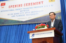 Trường ĐH Mở TP HCM và Hoa Sen khai giảng năm học mới