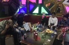 Cả chục đôi nam nữ thác loạn trong quán karaoke By Nhi ở Tiền Giang