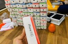 iPhone 5C hàng bãi ồ ạt về Việt Nam cận Tết, giá từ 700.000 đồng