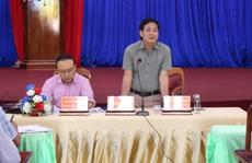 Phê bình chủ tịch huyện không cung cấp tài liệu cho thanh tra tỉnh