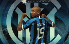 Ashley Young chia tay Man United, gia nhập Inter Milan