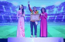 Cầu thủ Huỳnh Như được tuyên dương công dân trẻ tiêu biểu TP HCM năm 2019
